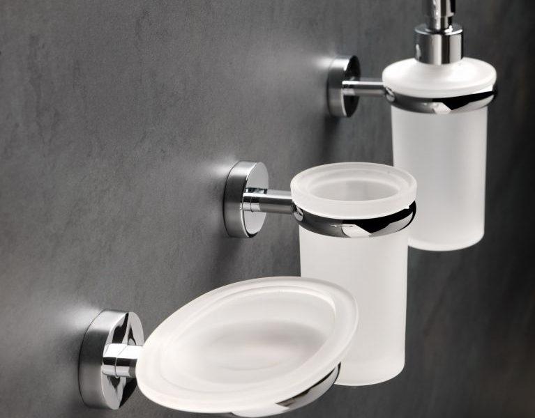 אביזרי אמבטיה איכותיים עם 10 שנים אחריות